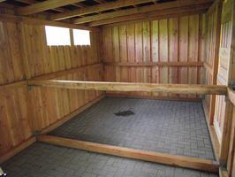 Foto 19 Außenboxen -Hütten massiv auch mit Heu- und Sattelkammer