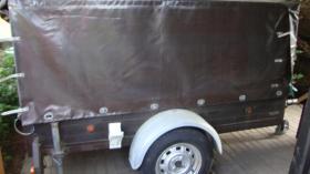 Autoanhänger 750kg marke Eigenbau neue reifen, sehr gepflegt für 250.-Euro
