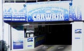 Autopflege von der EK Autoservice am Kudamm GmbH