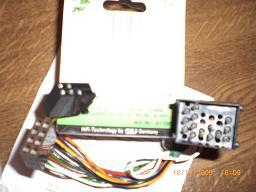 Foto 2 Autorradio, CD-Wechsler und Einbaulautsprecher