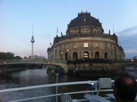 Foto 13 BERLIN und POTSDAM FERIENWOHNUNGEN GAESTEZIMMER ZENTRAL UNTERKUNFT APARTMENTS