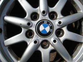 Foto 3 BMW Alufelgen 205/60 R15 91H M+S inkl. Reifen zu verkaufen