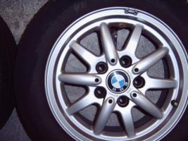 Foto 2 BMW Alufelgen mit Sommerreifen