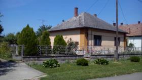 Bequemes Haus im ruhigen Dorf, Ungarn