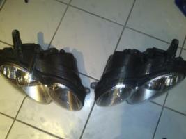 Foto 3 Bi-Xenon Scheinwerfer W209 mit Kurvenlicht