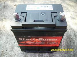 Biete Autobatterie 12V 35Ah EN 240A neu