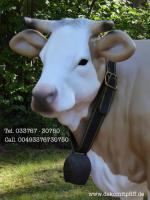 Foto 2 Blickfang für Ihr Geschäft … Stückpreis 1049,00 € kostet bei uns diese Deko Kuh lebensgross mit der Kuhschelle und Kuhschellenriemen inkl. Lieferung / DE