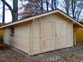 Foto 4 Blockbohlengaragen, Holzgaragen, Garagen, Blockhäuser, in vielen Grössen und Varianten von Standard bis individuell gefertigt, ..