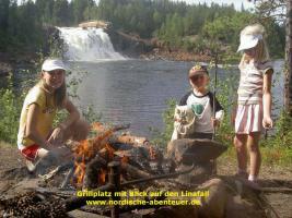 Blockhütte mit Kamin und Sauna in Lappland/Schweden