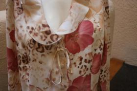 Foto 2 #Bluse mit Raubtier- und Blumenmuster Gr. 40, #beige-rosa, #NEU, #Exclusive
