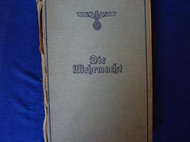 Foto 3 Bodenfund alter Degen, Sammelalbum und seltenes Buch von 1940