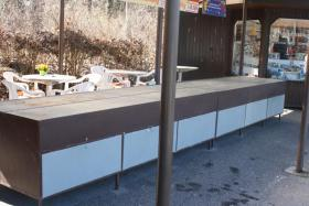 Foto 3 Bonbonverkaufsstand ca. 2x3m , komplett mit ca. 28 Edelstahlkästen
