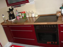 bordeaux hochglanz k che in wedel rot nobilia k chenzeile modern dunstabzugshaube. Black Bedroom Furniture Sets. Home Design Ideas