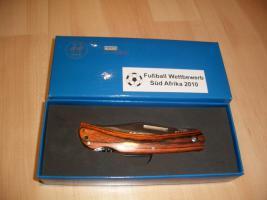 Brandneues Fußball Weltmeisterschaft 2010 EDEL-TASCHENMESSER