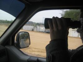 Foto 8 Brennende Autos, Private Sicherheits Detektive beobachten die Straßen und Parkplätze getarnt , Wirkung sehr gut .