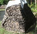 Brennholz: trockenes Hartholz Brennholz, Ofenholz mit 25cm Länge, Haufen mit 5,016 Raummeter