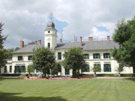 Schloss Britz Gartenansicht August 2013 346 KB