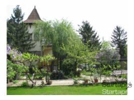Budapest, Ungarn: Zweifamilienhaus (Villa) in der Gartenstadt