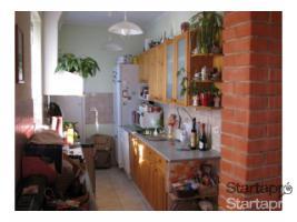 Foto 3 Budapest, Ungarn: Zweifamilienhaus (Villa) in der Gartenstadt