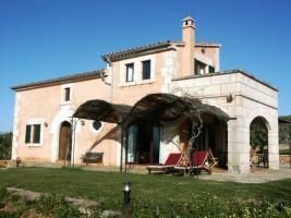 Foto 2 CMM00176 Romantische Finca mit traumhaftem Weitblick in Campos - Mallorca