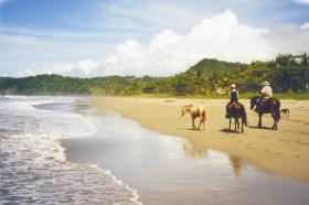 COSTA RICA LIVE !