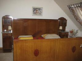 Ca. 100 Jahre altes Schlafzimmer in Kiel von privat (Antik-Möbel ...