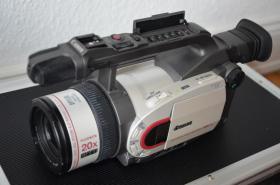 Foto 3 Canon XM1