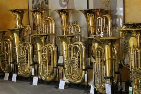 Foto 3 Cervený Arion Goldmessing - Tuba CBB 783-4R mit Koffer