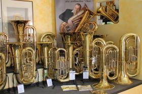 Foto 4 Cervený Arion Goldmessing - Tuba CBB 783-4R mit Koffer