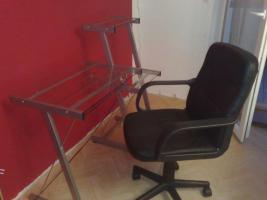 Computertisch / Stuhl