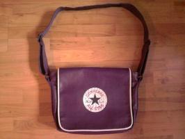 Converse-Tasche dunkellila Größe ca.50x40cm