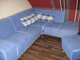 Foto 2 Couch, blau, mit Hocker