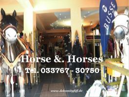 DU möchtest jetzt ein Deko Pferd lebensgross zu Weihnachten - www.dekomitpfiff.de