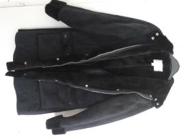 Foto 2 Damen Winter Jacke schwarz Gr. 38 um 25€.