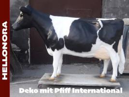 Foto 4 Deko holstein bullen und Kuh lebensgross haste beide noch nicht als deko …?
