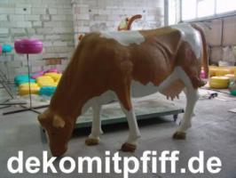Foto 5 Deko kuh lebensgross und dann noch ein Deko Pferd dazu ok. ...