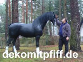 Foto 10 Deko kuh lebensgross und dann noch ein Deko Pferd dazu ok. ...