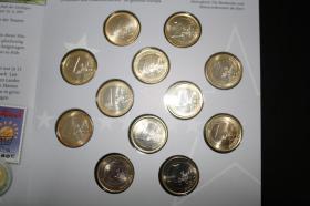 Foto 4 Die ' Ersten ' 1 EUR Kursmünzen aus 12 Ländern