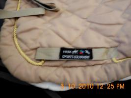 Foto 4 Dressurschabracken von HKM