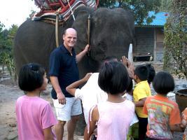 Foto 3 ...Dringende Spende für ein Kinder-Spielplatz im Kinderdorf Thailand...!