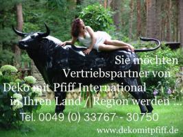 Foto 3 Du hast noch keine Holstein Deko Kuh ? im Garten… ?