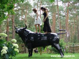 Du suchst einen Deko Stier lebensgross?
