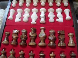 Foto 2 Echt Italienisches Alabaster Schachspiel