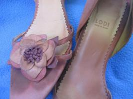Foto 2 Edel * Original VINTAGE * 3D Blumen * Blüten * Flower- Power * Echt Leder * High Heels * Peep Toes * Cut Out * Pumps * Schuhe ''LODI'' Gr. 6½ * 39½ * 39,5 * zimt * lachs * aubergine * Pastell *
