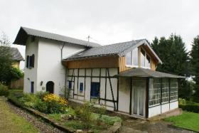 Foto 2 Ehemaliges Jagdhaus zur Pferdehaltung im Hunsrück