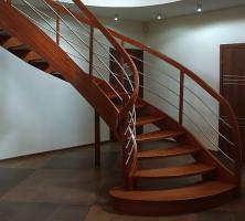 Eiche Esche Ahorn Buche Holztreppe aus Polen Tischlerei Tischler