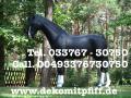 Ein Deko Pferd ja und vieleicht in deinen lieblingsfarben?