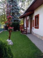 Foto 3 Ein Familienhaus für mehrere Generationen ist bei Budapest zu verkaufen.