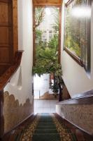 Foto 12 Ein Familienhaus für mehrere Generationen ist bei Budapest zu verkaufen.
