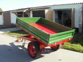Foto 4 Einachs-Kippanhänger hydr. für Kleintraktoren 1500kg Nutzlast